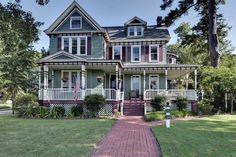 c. 1880 Queen Anne located at: 333 Syms St, Hampton, VA 23669