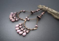 boho earrings  fringes of drop glass beads  pink by entre2et7