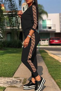 Digital Print Round Neck Long Sleeve Two Piece Outfits - WHATWEARS - coisas que gosto - School Outfits Highschool Sporty Outfits, Outfits For Teens, Cute Outfits, Fashion Outfits, Womens Fashion, School Outfits, Sexy Outfits, Two Piece Outfits Pants, Pants Outfit