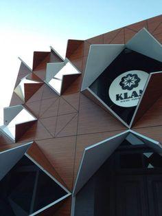 projet de façade en origami d'un restaurant mêlant cuisine japonaise et péruvienne à Rio Grande.