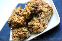 One Sweet Appetite: Vanilla-Apricot Granola Bars -- In my version I'd ...