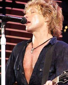 Jon Bon Jovi@bonjovi @jonbonjovi_mania @lilobongiovi…
