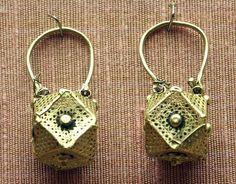 https://flic.kr/p/3eTLKM | earrings, pair, gold, Byzantine