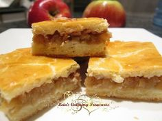 Hungarian Apple Pite ( a version of the American Apple Pie ). It is a fairly light pastry filled with goodness of grated apple & cinnamon. Hungarian Cookies, Hungarian Desserts, Hungarian Cake, Hungarian Cuisine, Ukrainian Recipes, Hungarian Recipes, Hungarian Food, European Cuisine, German Recipes