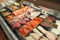 Beautifully Displayed Fresh fish #coolgenix #hillphoenix