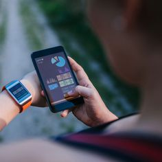 Worried about your fitness? You need not worry now because here we are with the 10 Best Fitness Apps for Android that will easily keep track of your fitness. Fitness Apps, Fitness Goals, Health Fitness, Free Fitness, Fitness Tracker, Boot Camp, Best Free Workout Apps, Free Apps, Personal Trainer