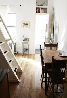 The Quick Clean: 5, 10 and 15 Minute Plans to Painlessly Whip Your Home into Shape