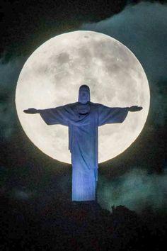 La luna de Rio de Janeiro ,Brazil.