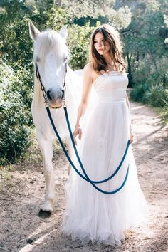 Mallorca Beach Bridal Shoot