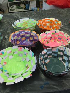 Might have to try this with my giant stack of leftover Gelli prints!! Woven Paper Bowls
