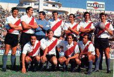 1970. River Plate - Parados: Ferreiro, Carlos M. Rodríguez, Carballo, Recio…