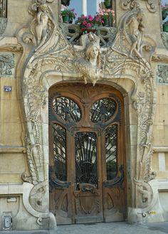 Beautiful art nouveau door at 29 Avenue Rapp near the Eiffel Tower.
