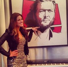 Cassadee Pope showing Blake Shelton some love. Cassadee Pope, Wardrobe Room, Blake Shelton, Country Singers, Celebs, Celebrities, Movies Showing, Role Models, My Music