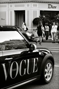 VOGUE car in paris