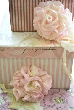 Wish I knew how to make these--they're gorgeous!