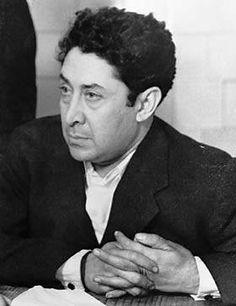 David Alfaro Siqueiros (1896-1974), pintor mexicano, uno de los más famosos muralistas de su país junto a Diego Rivera y José Clemente Orozco. Siqueiros nació en Chihuahua y se formó en la Escuela de Bellas Artes de México. Participó en el renacimiento de la pintura al fresco.
