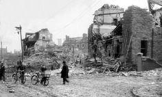 WORLD WAR II: BELFAST AIR RAIDS. ANTRIM ROAD.<br /> 15/16 April 1941. Where a heavy bomb fell. Wrecked houses on the Antrim Road between Duncairn Gardens and Hillman Street. AR 1