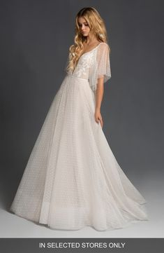 , Best Seller Blush Hayley Paige Nikki Lace Wedding Dress online - Buytopbrands , Great for Blush by Hayley Paige Nikki Lace Wedding Dress Fashion Women Clothing. buytopbrands from top store. Luxury Wedding Dress, Classic Wedding Dress, Wedding Dress Sizes, Designer Wedding Dresses, Lace Wedding, Wedding Suite, Dream Wedding, Blush By Hayley Paige, Queen Fashion