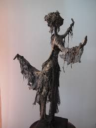 Resultado de imagem para tokreen ideas on pallet Pinterest Garden, Alberto Giacometti, Mixed Media Canvas, Wire Art, Art Dolls, Sculpting, Lily, Sculpture Ideas, Inspiration