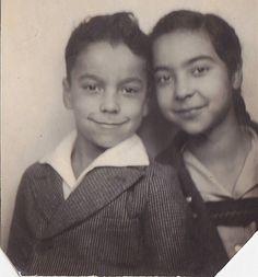 VINTAGE PHOTO BOOTH GIRL & BOY SIBLINGS 1942