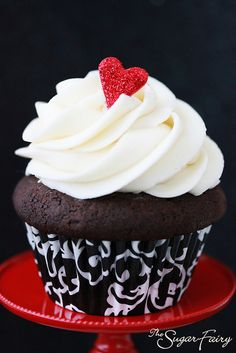 Black, White & Red Cupcakes