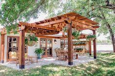 I like the different levels of the pergola. Maybe for patio. #pergolaideas #PergolasPatio #pergolakits #deckdesigner #pergoladesigns