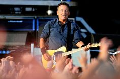 Bruce Springsteen - Hard Rock Calling 2013 - Day 2