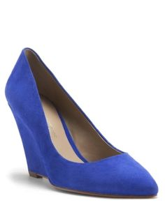 Having a love affair with these @Pour La Victoire wedges in sand + cobalt by Nat scavone