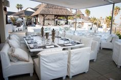 Bar and casual dining area at Puro Beach Club. Weddings in Spain.