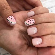 Whoever said nail art requires longer nails has never tried this trendy art on short nails. If you browse online, you'll be bombarded with an array of nail art designs in no time. Nail Art Designs, Cute Easy Nail Designs, Short Nail Designs, Cute Simple Nails, Cute Nails, Pretty Nails, Summer Acrylic Nails, Summer Nails, Short Nails
