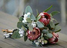 Wedding flowers native australian protea bouquet 68 ideas for 2019 Simple Wedding Bouquets, Protea Wedding, Small Bouquet, Bridesmaid Flowers, Bridal Flowers, Flower Bouquet Wedding, Floral Wedding, Flower Bouquets, Bridesmaids