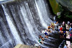 ** WATERFALL RESTAURANT IN PHILIPPINES **  The Labassin Waterfall Restaurant in Philippines is a truly singular and memorable experience. Located at the Villa Escudero Plantations and Resort, guests can enjoy lunch while the water flows under their feet . Besides enjoying the authentic local cuisine, you can enjoy the almost untouched nature of the region formerly occupied by a farm and coconut plantations.