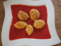 Dampfgarer Rezepte: Topfennockerl mit Erdbeersauce im Dampfgarer Steamer, Butter, Food And Drink, Sweets, Cookies, Eat, Desserts, Snacks, Gratin