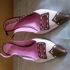 BCBG SLING BACK HEELS Mauve and brown sling back BCBG heels BCBGMaxAzria Shoes Heels