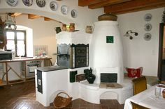 "Kemencék: Beautiful Hungarian home furnaces known as ""kakelugn"" in Sweden… Home Furnace, Cordwood Homes, Outdoor Oven, Rustic Fireplaces, Japanese Interior, Cottage Homes, Inspired Homes, Rustic Kitchen, Home Goods"