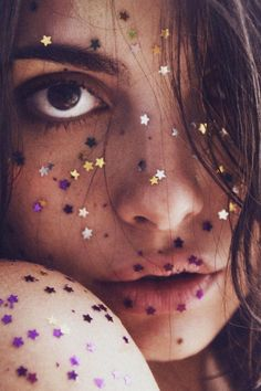 Glitter bombs :: Gypsy Sparkle :: Sequins :: Iridescent :: Mermaid Luxe :: Stardust :: Sparkling Fashion Photography Style Inspiration