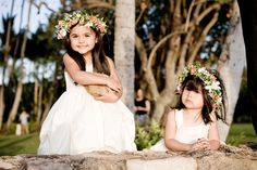 Flower girl floral headbands, created by Passion Roots, Hawaii Wedding Florist.  www.passionroots.com