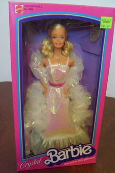 One of my older cousins gave me this Barbie for Christmas. It was my favorite Barbie ever! 90s Childhood, My Childhood Memories, Great Memories, Barbie I, Barbie World, Barbie Dress, Nostalgia, School Memories, 80s Kids