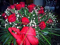 Beautiful roses <3 # red #roses