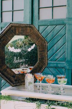 Greenery, Aiola Weddings im Schloss St. Veit Graz, Austria, (Styled Wedding Shooting 2017 Fotos: Blumen: Torte: Schmuck: Papeterie: Make-Up: Hairstyling: Graz Austria, With Love, Wedding 2017, Greenery, Weddings, Table Decorations, Unique, Makeup, Frame