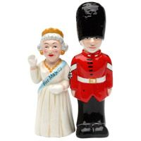 Queen and Guard Salt and Pepper Shaker  http://www.retroplanet.com/PROD/37360