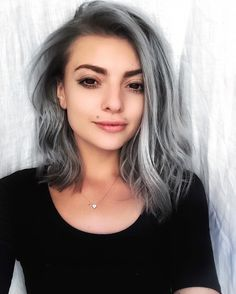 Light Lavender Layers - Purple Ombre Hair Ideas: Plum, Lilac, Lavender and Violet Hair Colors - The Trending Hairstyle White Ombre Hair, Silver Ombre Hair, Best Ombre Hair, Ombre Hair Color, Black And Grey Hair, Gray Hair, Dark Grey, Hair Styles 2016, Short Hair Styles