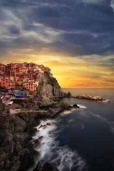 Manarola, Liguria | Italy (by Luca Libralato)