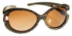 Gafas de sol en madera, filtro UV, Mujer, marca Maguaco S005. Maderas: Macana y Guadua. $180.000 COP