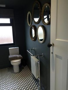 An inspirational image from Farrow & Ball. An inspirational image from Farrow & Ball. Small Toilet Room, Guest Toilet, Small Bathroom, Master Bathroom, Cloakroom Toilet Downstairs Loo, Small Wc Ideas Downstairs Loo, Understairs Toilet, Wc Decoration, Dark Grey Walls
