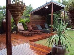 Small Deck Ideas - A mini-deck might be just what your backyard needs