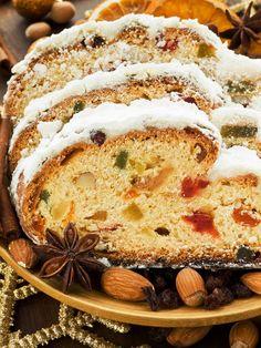 Recipe for German Stollen Rezept für deutschen Stollen Evening Meals, Christmas Baking, Christmas Foods, Popular Recipes, Popular Food, Food Items, Bread Recipes, Cake Recipes, A Food