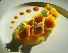 "Fabio Pelizzon @ciano_78 ""Tortelli all'astce con salsa pere e zenzero"" #chefemaitre #giblorsivrea #chef #tortelli #pasta #astice #zenzero #ginger #lobster #fishfood #seafood #luxuryfood #artfood #photofood #italy #italychef #italianstyle #italianfood #gourmet #gourmetartistry #gastroart #theartofplating #foodart #foodgasm #foodstyling #foodstagram #foodie by chefemaitre"