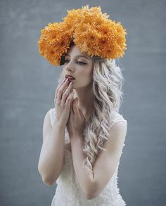 Love working with this lady, she has incredible beauty! ✨ Model: @vanjajagnic ; Dress: @amica_fashion ; Backdrops: @gravitybackdrops #jovanarikalophotography #jovanarikalo #shooting #art #fashionphotography