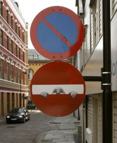 danwitz-do-not-enter-project-interdit.jpeg (490×600)